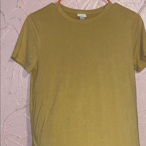 Basic yellow top
